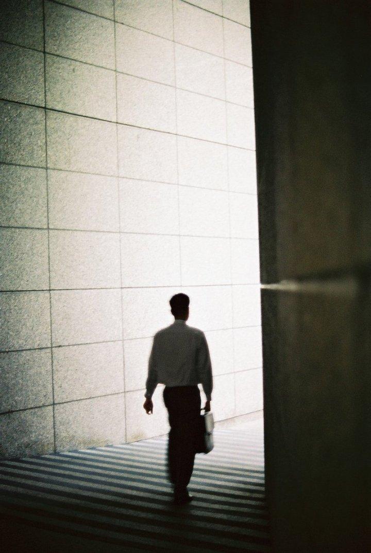 businessman-walking-1240022